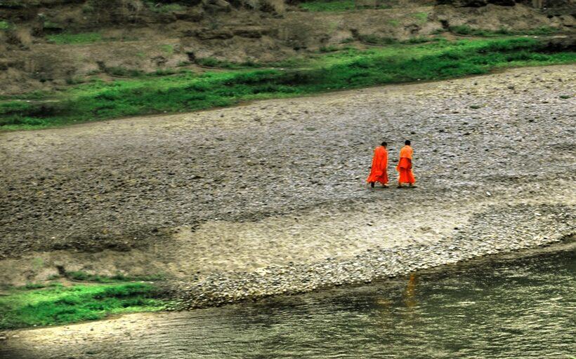 Cuentos para la reflexión :: Dos monjes ZEN